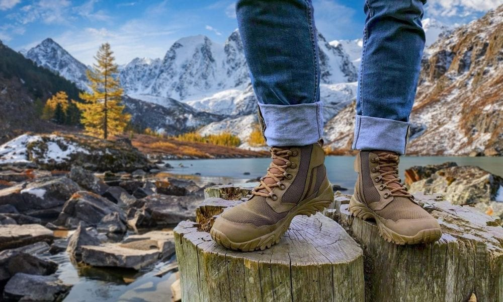 Tips for Choosing the Best Slip-Resistant Boots